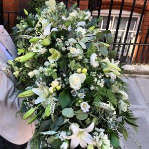 Eco-friendly funeral coffin spray