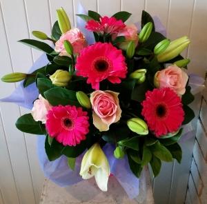 Box Of Pink & White Bloom