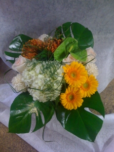 Hand Tide Bouquet