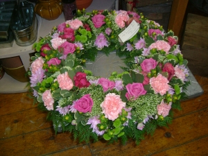 Large Wreath Pink Shade
