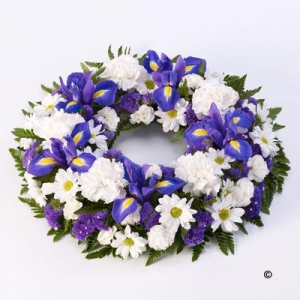 Classic Wreath Blue&white
