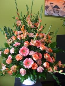 Sympathy Flowers Peach