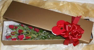 12 Red Roses - Gold Box