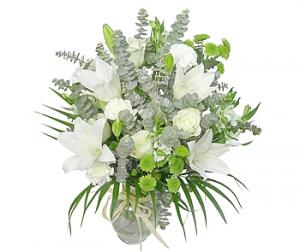 White And Green Vase Arra