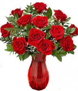 Dozen Red Roses With Vase