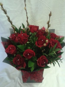Luxury Dozen Roses