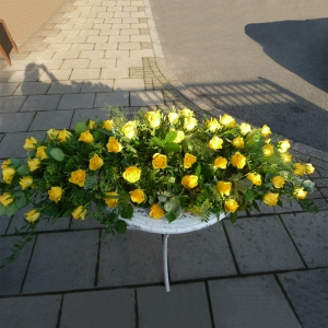Rose Coffin Top