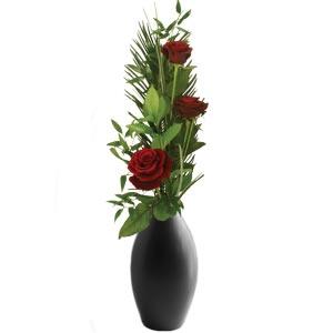 3 Roses & Vase