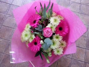 Mix Hand Tied