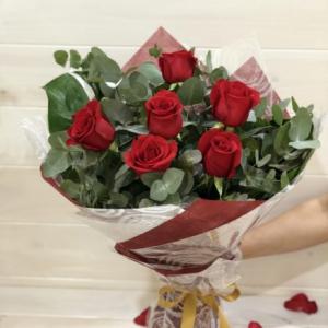 6 Long Stem Rose Bouquet