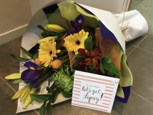 Bouquet And Card Combo