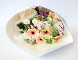 Pastel Handtied Bouquet.