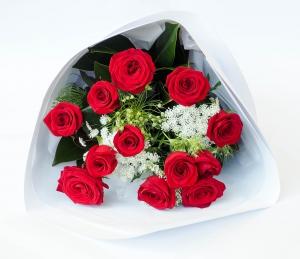 Dozen Roses.