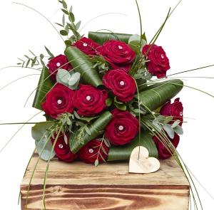 Glamour Dozen Red Roses