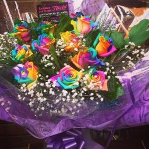 Luxury Rainbow Rose Bqt