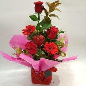 Romantica Gift Bag Arrang