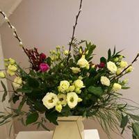 Lisianthus Box Bouquet