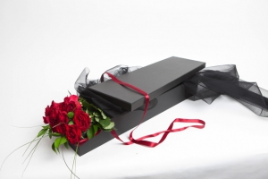 Flat Boxed Red Roses