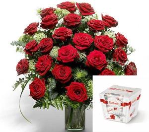 25 Elite Roses + Rafaello