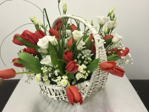 Pure Tulip Large Basket