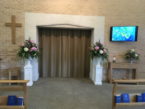 Urn Pedestal Arrangements