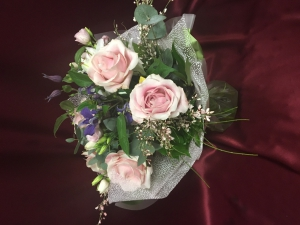 Rose And Lizzy Hand Tied