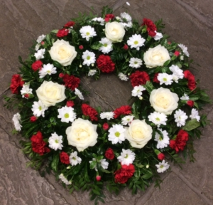 Luxury Red/white Wreath