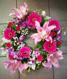 Pinky Wreath