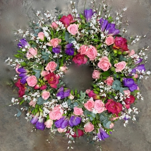 Spray Rose Freesia Wreath