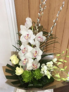 Classic Orchid Handtied