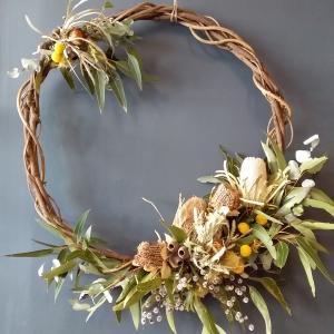 Natural Wreath Medium