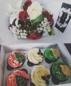 Xmas Flowers & Cupcakes