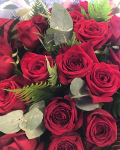 Twelve Luxury Roses