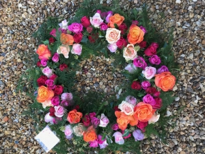 Mixed Roses Large Wreath