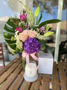 Flower Vase Combination