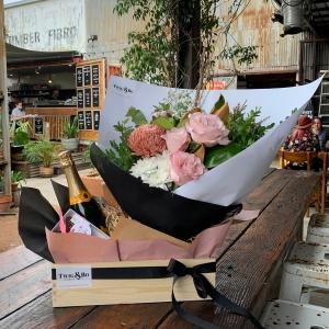 Lucy Flower Gift Hamper