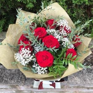 12 Rose Luxury Bouquet