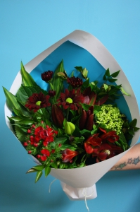 Red  Palette Posy