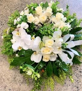 White Fresh Floral Wreath
