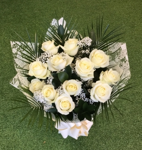 White Rose Dozen