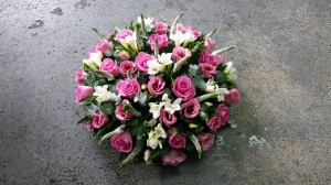 Deluxe Pink Posy