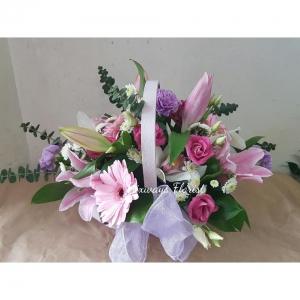 Pink/lilac Basket