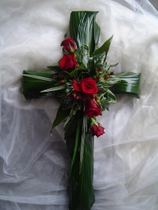Foliage Cross