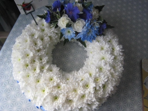 14 Inch Based Wreath