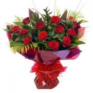 Deluxe 12 Red Rose