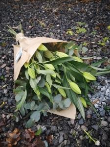 White Lilies Wrap