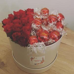 Rose & Chocolate Hatbox