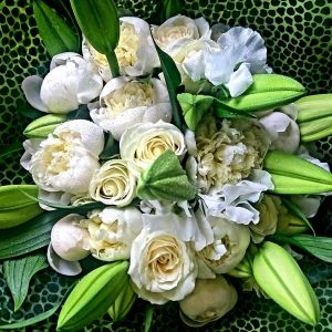 Cream Roses And Lilys