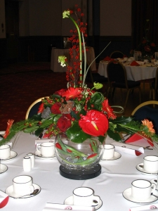 All Round Contemporary Table Arrangement