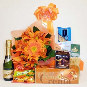 Bouquet In A Basket With Gourmet